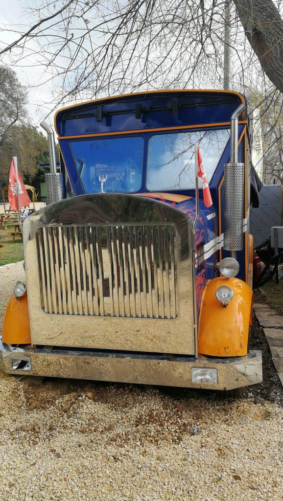 mitbahon truck